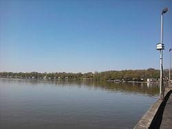 250px-Cedar_Lake_looking_west